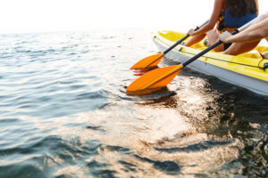 How to Choose a Kayak Paddle: A Guide to Selecting the Correct Size